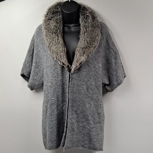 NWOT! Chico's Faux Fur Sweater 0